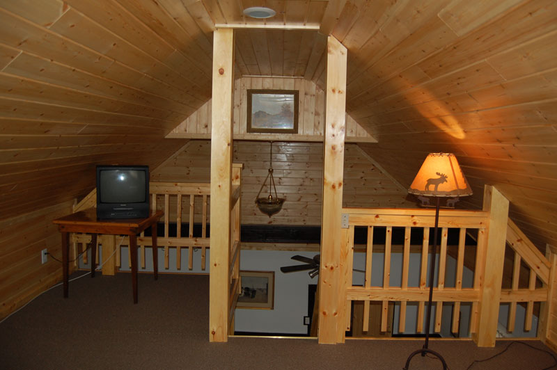 Lake Luzerne Cottages and Lodge |